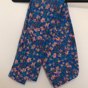 Lularoe one size leggings blue with pink flowers